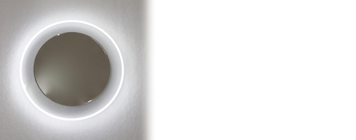 Dizajnové LED zrkadlá na steniu